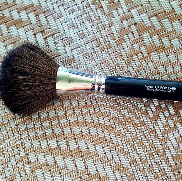 MAKE UP FOR EVER #BB15 Brush